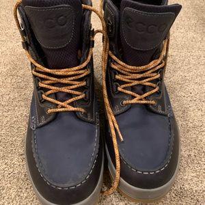 ECCO Men's Track 25 High Gore-tex Winter Boot